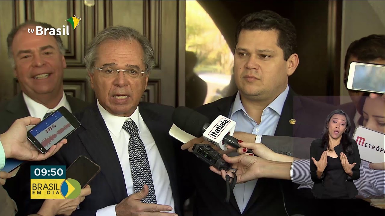 Paulo Guedes fala sobre reforma da Previdência e pacto federativo