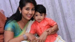 Navya Nair Hot Pics in HD -- Must See