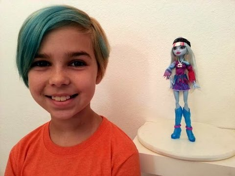 Monster High - Abbey Bominable Music Festival Review!