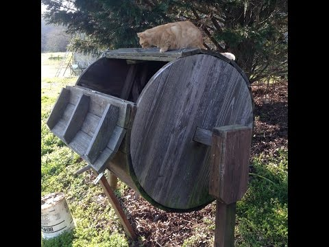 Unique homemade rotating composter built from recycled wood DIY project