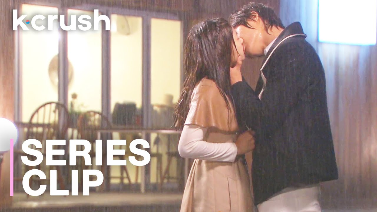 Download My crush got jealous & finally caved into his feelings for me… 4 years later | Playful Kiss