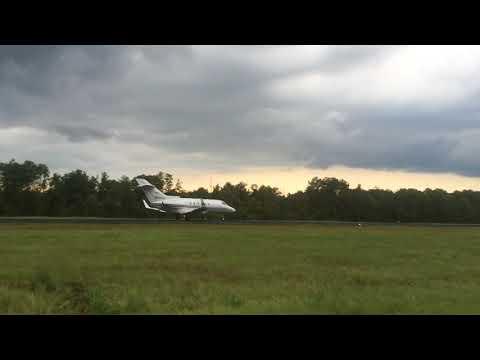 Hawker 800 Takeoff