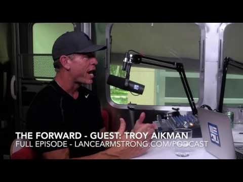 Troy Aikman Talks Ezekiel Elliott with Lance Armstrong on The Forward