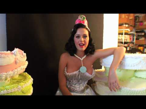 The Making of Katy Perry's 'Teenage Dream' Album Packaging