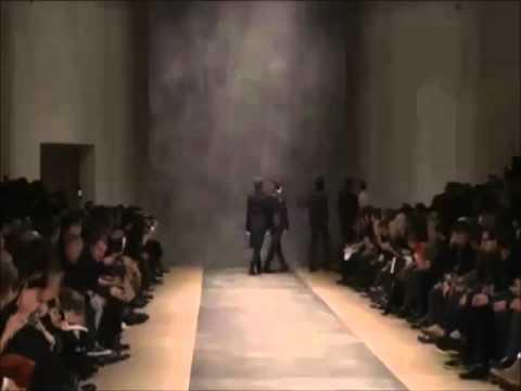 Info Trump Tower Milano Versace & Manila Hermes Charise Agent Julia Lorenzi