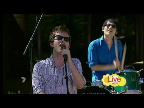 Little Red - Coca-Cola (Live On The Morning Show)
