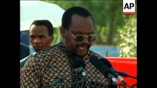 SOUTH AFRICA: SOWETO: CUBAN LEADER FIDEL CASTRO VISIT