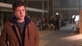 "The 5th Wave ""Ben"" On-Set Interview - Nick Robinson"