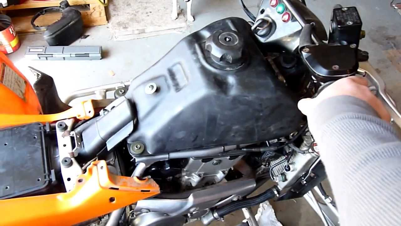 Kawasaki Kfx 400 >> 2006 kfx 400 start up update - YouTube