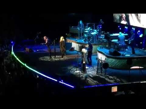 Rhiannon - Stevie Nicks - Charlotte NC- 11-10-16