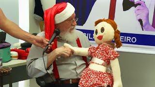 Aspiring Santas Go to 'Santa School' to Hone Skills Ahead of Christmas Season