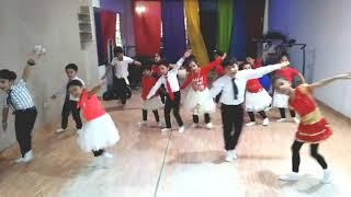 Badan Pe Sitaare   Fanney Khan   Sonu Nigam   Bollywwod Dance   Kids Dance  
