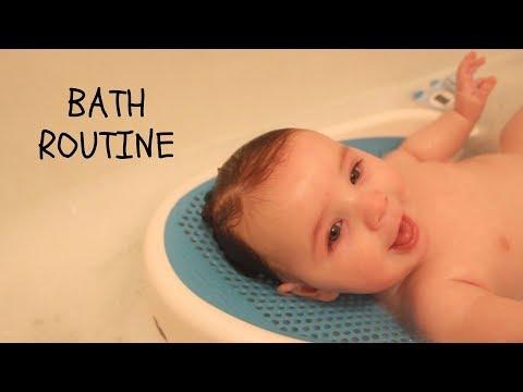 Babys Bath Routine