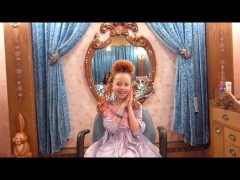 Bibbity Bobbity Boutique Makeover at Disneyland - Princess Kaylee with Ariel Hair