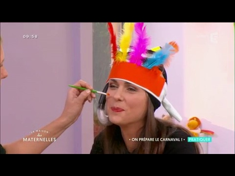 Comment Fabriquer Des Deguisements De Carnaval La Maison Des Maternelles Youtube
