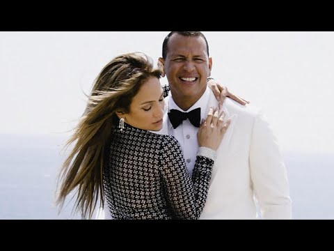 Jennifer Lopez Reveals the Super Sexy Text Alex Rodriguez Sent Her on Their First Date
