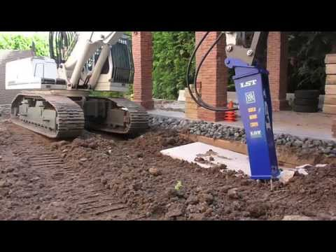 OUTSTANDING !!! RC DEMOLITION HAMMER IN ACTION MADE BY PREMACON