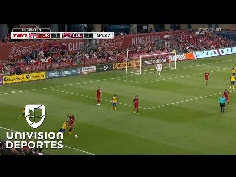 El Increíble 'truco-triple' del panameño Armando Cooper en la MLS que se ha hecho viral