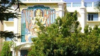 атмосфера ашрама Сатья Саи Баба. Путтапарти, Индия