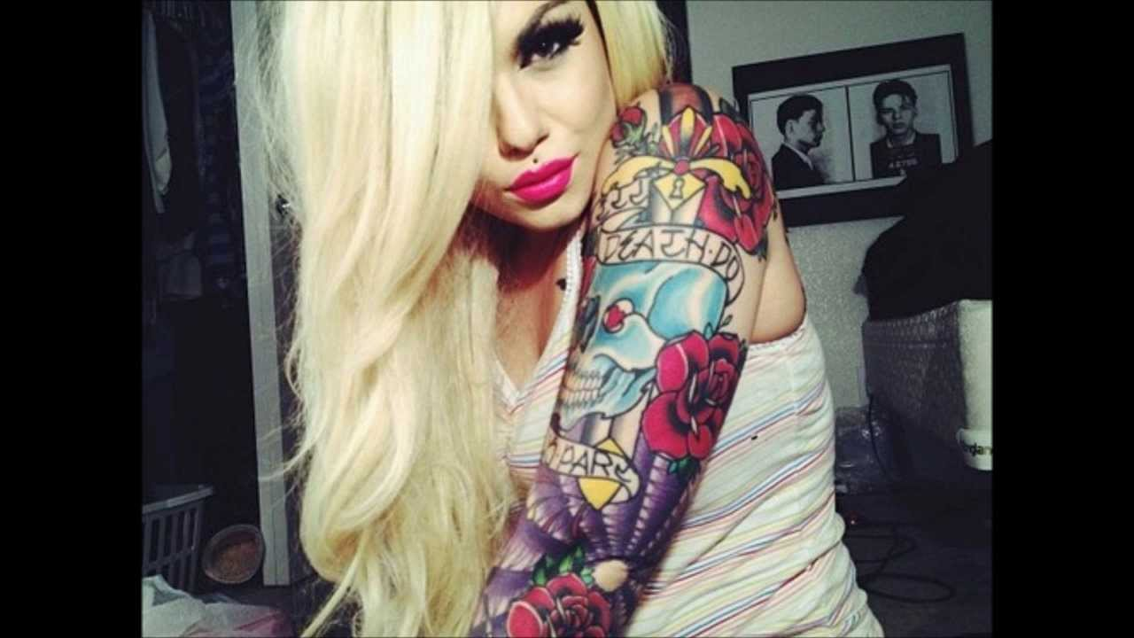 Tattooed Naked Women Pics