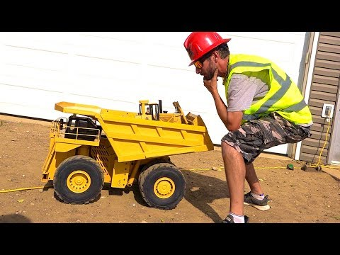 YouTube GOLD - Eps. 7 I SIT IN IT? UNBOXiNG a 797F MINE TRUCK & RC4WD DOZER | RC ADVENTURES