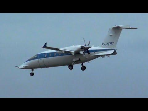 Piaggio P.180 Avanti landing approach Frankfurt Airport