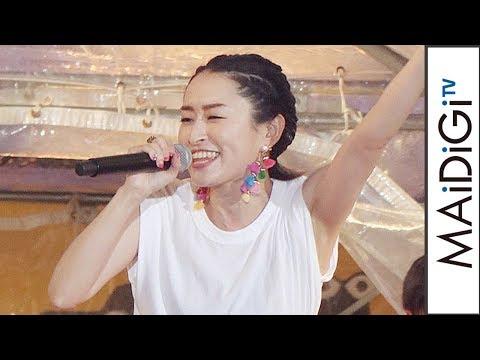 島袋寛子、沖縄国際映画祭エンディングライブで「Body & Soul」熱唱