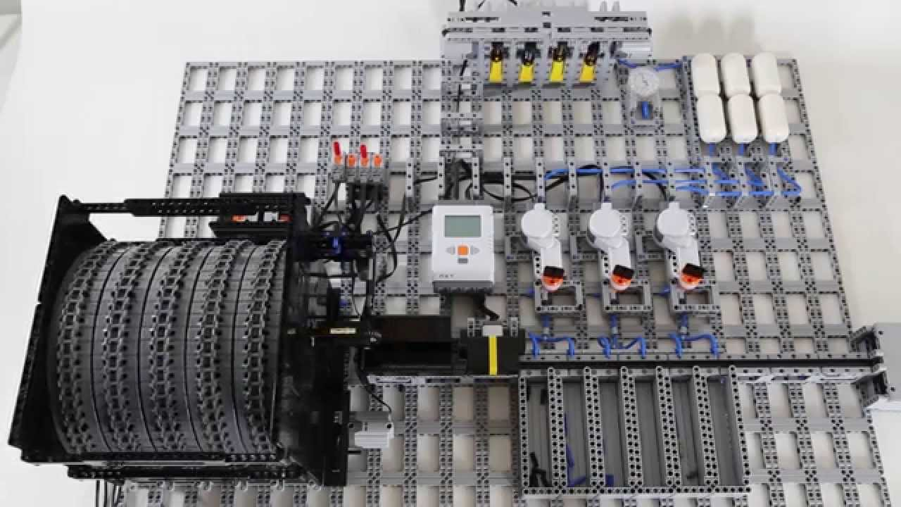 lego rc with Watch on 134122895131634194 additionally 42076 besides D25 furthermore Ax90044 together with Berlin0.