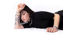 Giulia Molino - Va tutto bene (Official Video Lyrics)