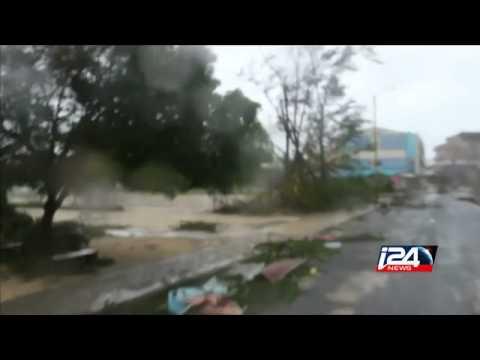 Cyclone hits Vanuatu