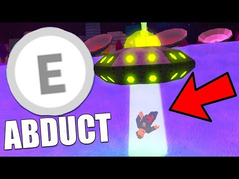 ABDUCTING PEOPLE WITH THE NEW UFO! (Roblox Jailbreak)