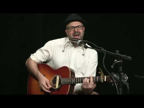 An Acoustic Session with Michael Graham
