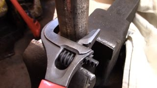 Harbor Freight 2-in-1 Adjustable Wrench - Worth It?