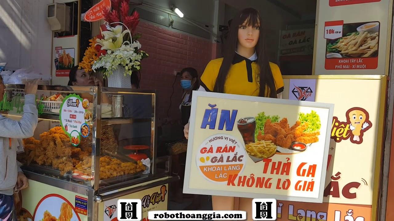 Lắp đặt manocanh quảng cáo cho chuổi cửa hàng gà rán Hương Việt