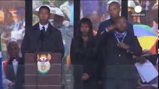 Historic fake: Sign language interpreter at Mandela memorial a