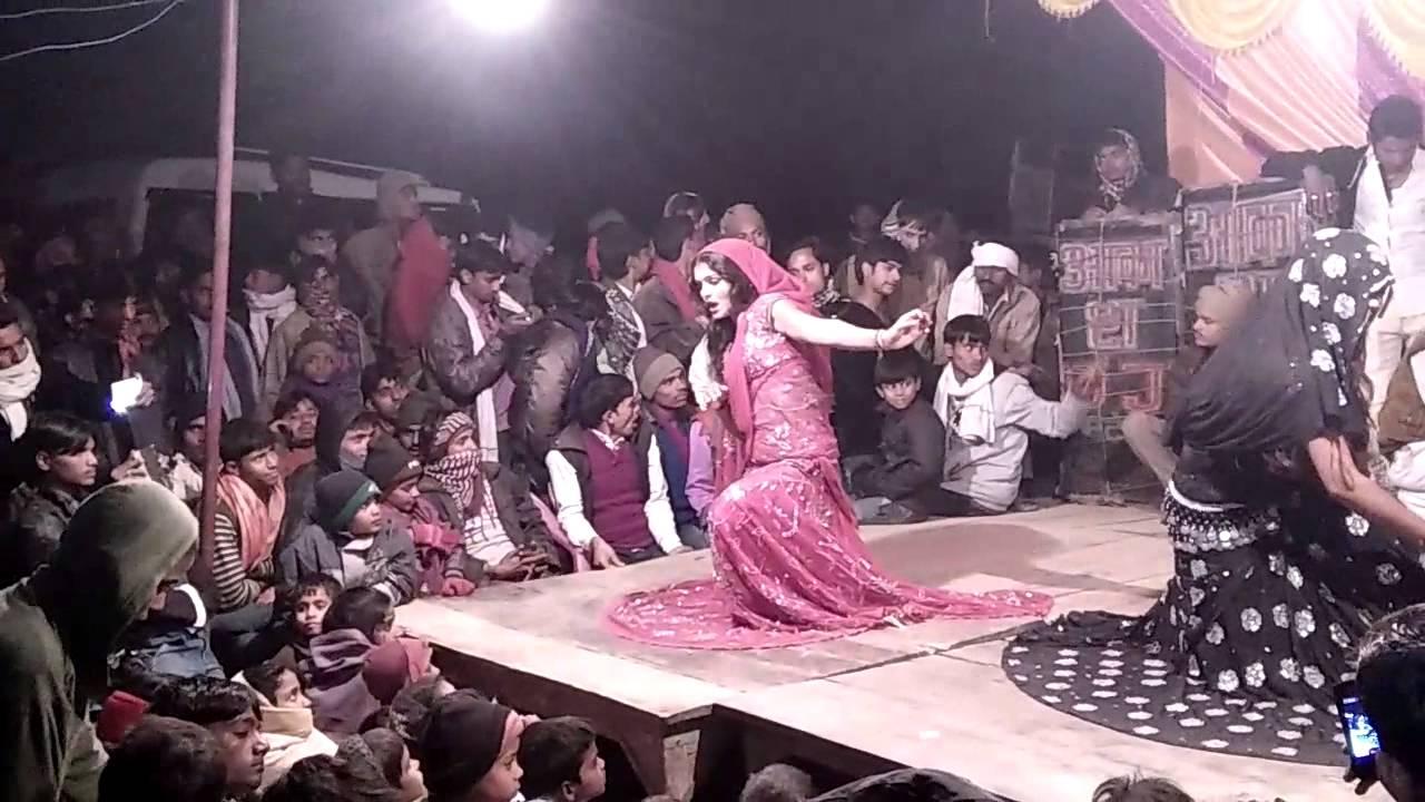 Full H.D Nautanki D.J Dance in a village of Bahraich - YouTube