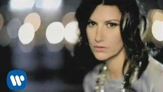 Download Laura Pausini - Con La Musica En La Radio (Official Music Video)