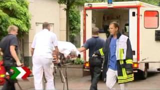 Am frühen abend ist es in mülheim an der ruhr zu einer messerstecherei gekommen. nach ersten angaben wurden insgesamt drei personen opfer messerattacken....