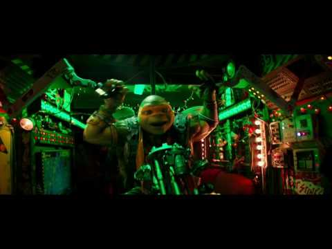 TMNT 2: Out of the Shadows | Clip: Manhole covers and Nunchucks (VOST-FR)