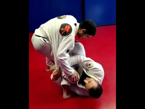 Back attack from De la Riva using the underhook and lapel