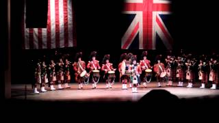The Pipes & Drums of Black Watch (The Royal Regiment of Scotland) / The Scots Guard USA 2013