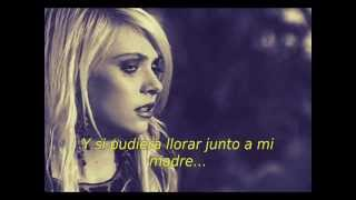 The Pretty Reckless - Under The Water (Español)