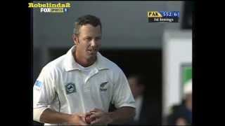 Hilarious wicket celebration! Mark Richardson gets lucky...in cricket