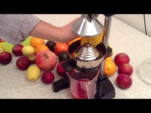 Squeezing Raw Juice, Pure Ambrosia! (OrangeX Olympus Citrus Juicer)