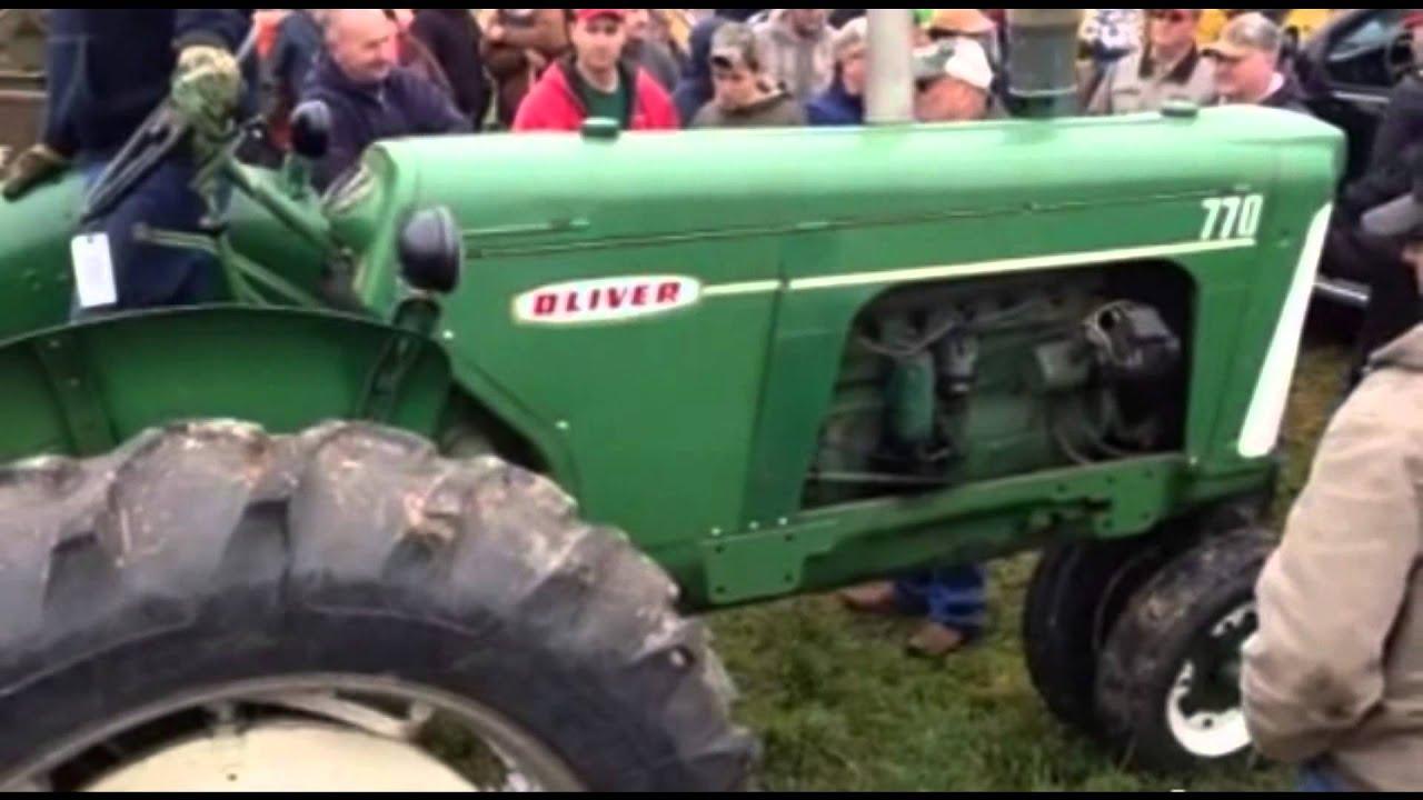 Antique Tractors In Ohio : Antique tractors ohio auction youtube