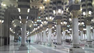 Suasana didalam masjid nabawi
