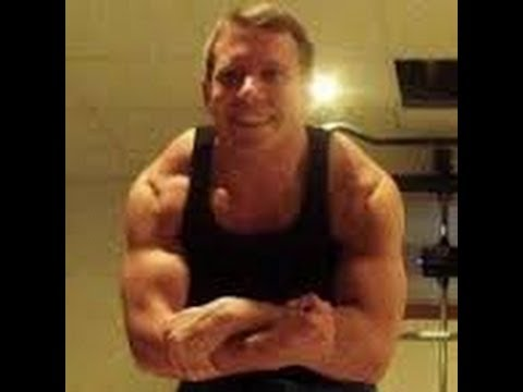 Mike Vlasaty, 80/10/10 Raw Vegan Powerlifter, Talks About Building Muscle