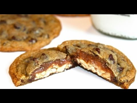 How To Make Candy Bar Cookies: Halloween Sweet Treats