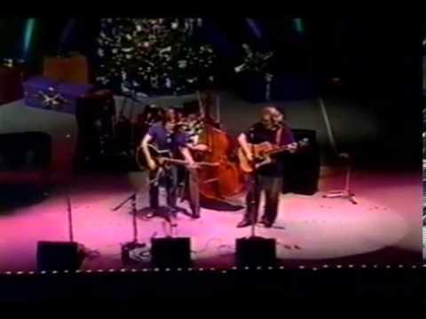 Jerry Garcia and Bob Weir perform