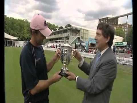 Walter Lawrence Trophy Winner 2010 - Adam Gilchrist